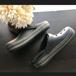 Black crocs original
